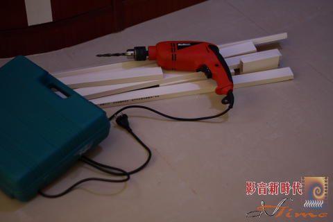 室内明线安装效果图_明线槽安装效果图