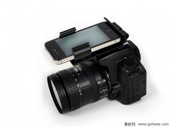FlashDock 用iPhone4S可拍出专业照片