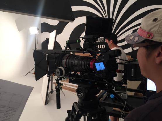 佳能C300摄像机在视频综合项目中的使用_佳能