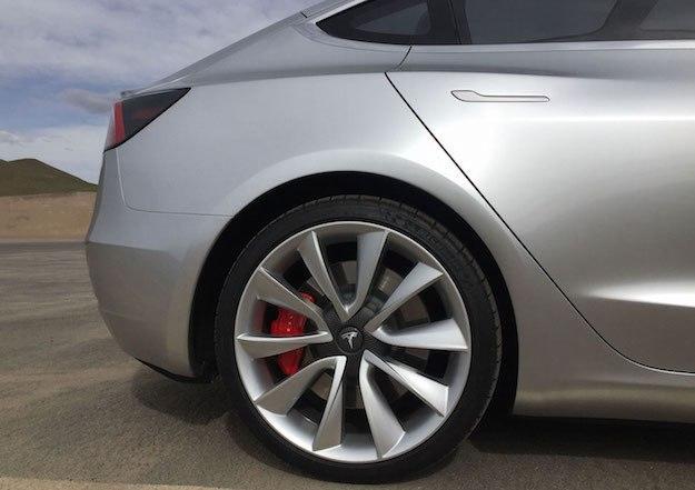 雷诺三星正研发世界首款电动轻型商用车