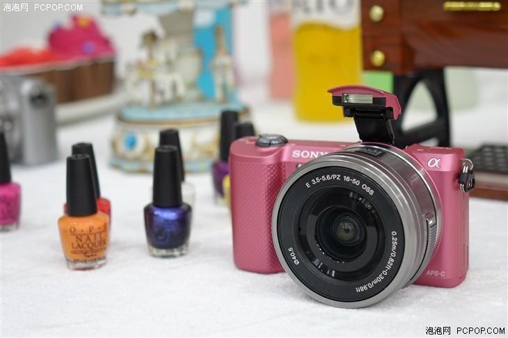 最轻便微单相机 索尼A5000仅售2799元
