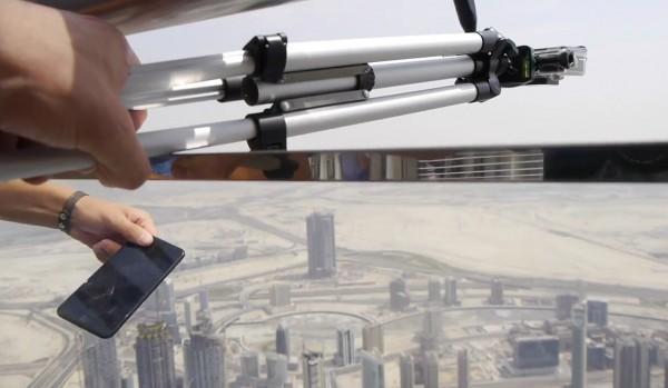 虐机:将iPhone 7 Plus从世界第一高楼抛下