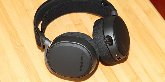 时尚外观加超强性能!赛睿Arctis Pro%2BGameDAC耳机评测