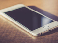 iPhone电池过旧,苹果故意放慢系统速度?网友:套路