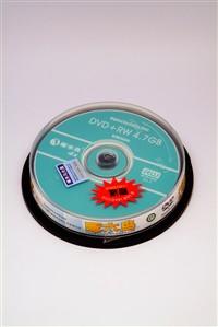 啄木鸟推出16速促销装 赠DVD-RW