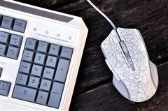 闪耀指尖 雷柏V100C背光游戏键鼠套装