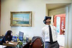 奥巴马通过 VR 直播总统卸任演讲