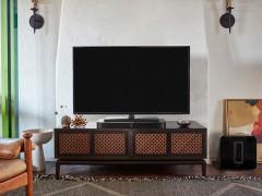垫在电视下面的家庭影院 Sonos国内发布PLAYBASE