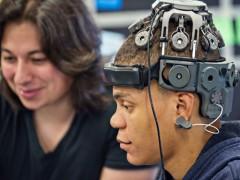 VR新鲜报:TITAN XP 强势发布!脑电波也能控制VR?