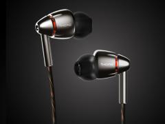 1MORE四单元圈铁旗舰耳机发布  售价1299元