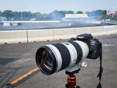 不同对焦相同速度 佳能EOS 77D记录赛场上的速度与激情