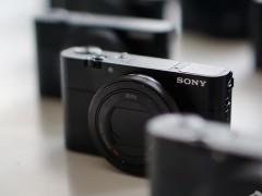 高速高性能黑卡相机 索尼RX100 V售价6199元