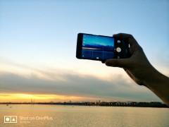 这拍照水平不输iPhone 8 一加5手机哈尔滨中央大街随手拍