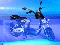 雅迪Z3s电动车发布 售价8688元高性能高配置超越小牛