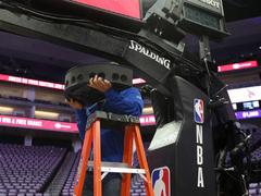 VR观战NBA再升级!全新摄像机助你无死角观看比赛