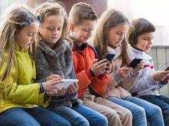 高度重视!苹果回应孩子沉迷iPhone:将提高家长权限