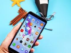 年底送啥手机最有面子?  这些手机有颜值有内涵