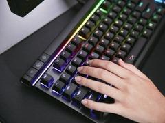 一键自定义 HyperX Alloy Elite RGB机械键盘体验