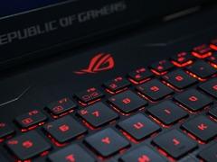桌面级锐龙3A平台游戏本 华硕玩家国度S7ZC评测