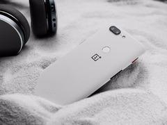 安兔兔发布年度手机好评榜:一加霸榜,5T竟不见踪影