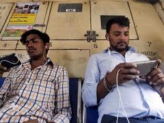 印度提高进口关税到20% 影响中国手机在内的进口商品