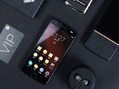 这不仅是一部手机 模块化旗舰手机moto z 2018热销中