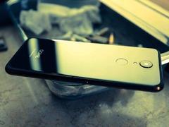 每日机情:国美U7手机火爆销售中 满减优惠让人眼馋