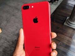 """中毒了!红色版iP8P真机上手:最""""红""""手机非他莫属"""