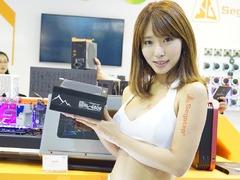 鑫谷新品闪耀COMPUTEX2018 Showgirl神似林志玲