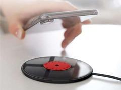南孚致薄黑胶无线充发布:薄至5mm,散热快