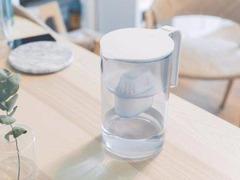 米家滤水壶发布:滤芯寿命LED提醒,5分钟滤一壶水
