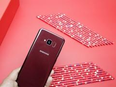 三星 Galaxy S 轻奢版:一款性能均衡,颜值/手感绝佳的手机