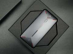红魔电竞游戏手机告诉我们:散热强才是硬道理