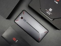 手游大赛指定用机 红魔电竞游戏手机今日开售