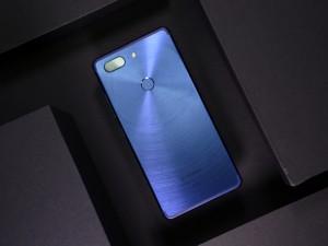 金立手机颜值新巅峰 金立M7全面屏手机图赏