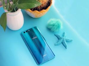 青出于蓝而胜于蓝 努比亚Z17miniS爱琴海蓝版图赏