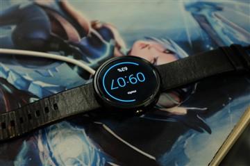 Apple Watch充电器不能给Moto 360充电