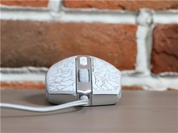 白色风情 雷柏V210白色烈焰版鼠标评测