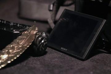 重量级远摄长焦机 索尼RX10 III评测