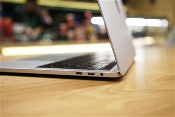 操控再升级 13寸新MacBook Pro简评测
