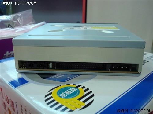 接口方面则采用了IDE接口-市售最低 建兴16速DVD仅130元图片