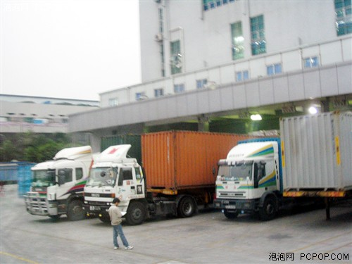内最繁忙的当属货运汽车-业内首次辐射测试 年度绿色机箱横评图片