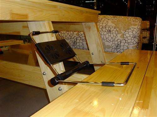 木质结构搭配-360度任你旋转 DEEPCOOL变形钢散热器
