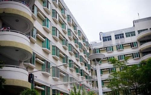 正文  美国科技博客gizmodo作者乔尔·约翰逊拍摄的富士康员工宿舍