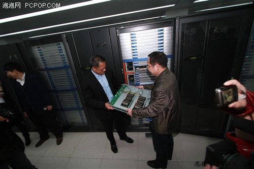 最强超级计算机!天河一号A 内部探秘