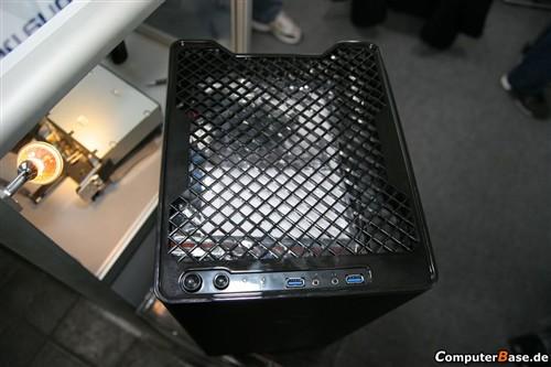 560欧元!银欣两款超酷uATX机箱曝光