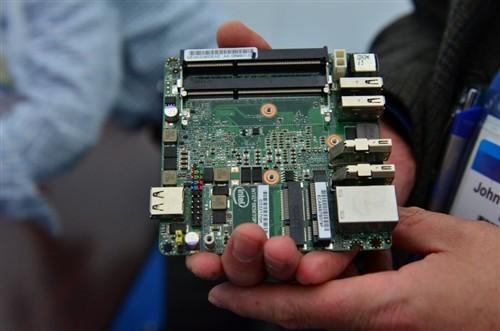 巴掌大小 Intel搭载i3迷你PC售价不菲