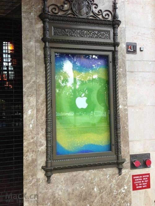 苹果iPad mini发布会现场已布置妥当!