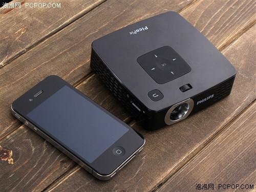 内置电池+MP4!飞利浦全能微投玩法多