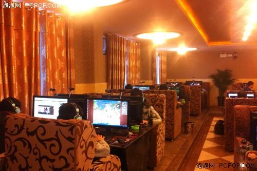 猫头鹰网吧升级技嘉22nm i5搭27寸节能高配PC